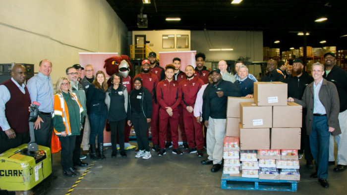 TEMPLE AND FRESH GROCER DELIVER RECORD DONATION TO PHILABUNDANCE